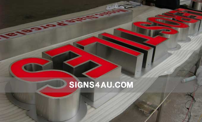 led-acrylic-front-lit-channel-letters-with-brushed-stainless-steel-border